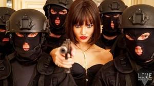 【冷艷女神】俄羅斯超模Sasha-Luss化身性感神秘女殺手!Luc-Besson旗下全新殺手電影《ANNA》!001